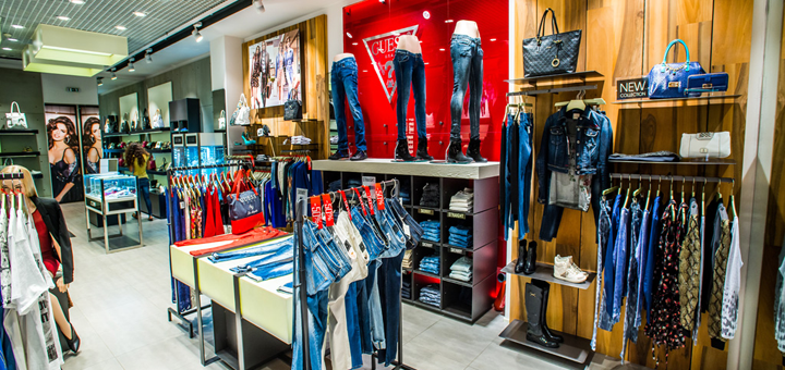 GUESS - Сеть магазинов одежды на Pokupon.ua 8ae82eaa3fd