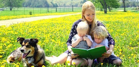 Bigstock-mother-reading-book-to-childre-47009722-1024x683