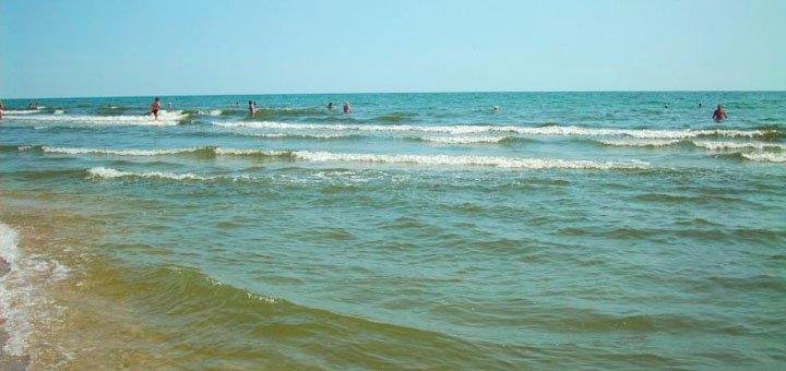 От 3 дней чудесного отдыха на берегу Черного моря на базе отдыха «Мелиоратор» в Одесской области
