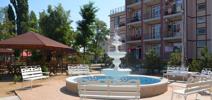 От 3 дней отдыха для двоих с бассейном на базе отдыха «Натали» в Затоке