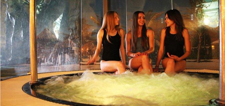 Релакс-зона и душ Шарко в аквапарке «Dream Island»