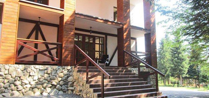 От 3 дней отдыха в отеле «Карпатська модрина» в Мигово