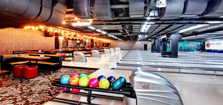 Скидка 50% на игру в боулинг без ограничения времени в развлекательном комплексе «City Bowling»