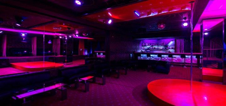 Вход, тэйбл дэнс, коктейль и подарок от клуба «Gentlemens club Angels»