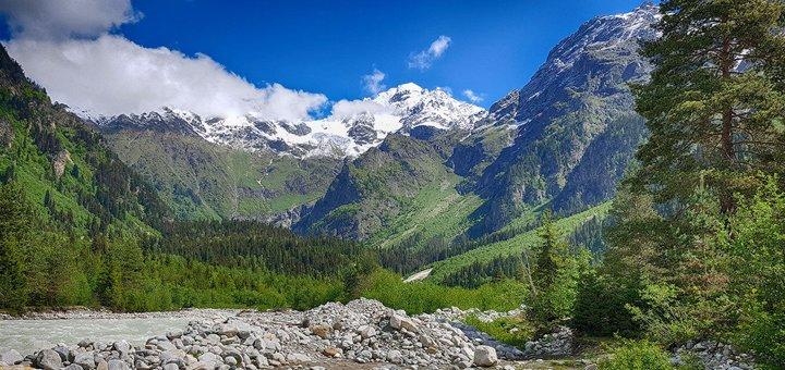Скидка 30% на поход или трекинг по Грузии от «LuckyFox Travel» от 175$