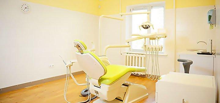 Скидка до 59% на установку имплантов в стоматологической клинике «Deutsch Dent»