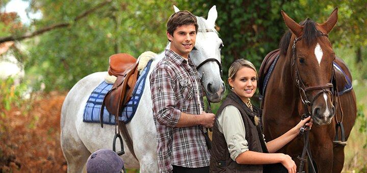 Скидка до 69% на прогулки на пони или лошади для взрослых и детей в конном клубе «Верхом»