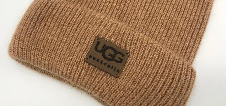 Скидка 40% на все шапочки UGG!