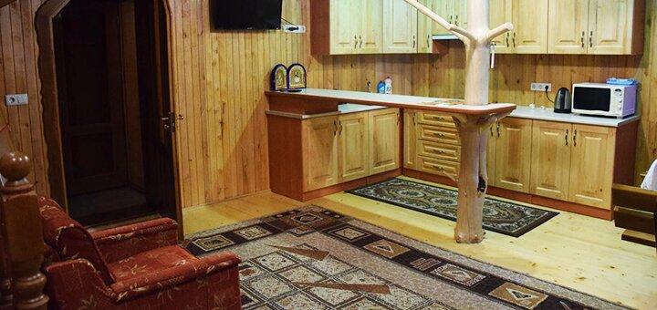 От 2 дней отдыха с заездами на Пасху и майские праздники в лодже «Криївка у ставка» в Карпатах