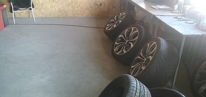 Шиномонтаж 4 колес радиусом от R13 до R22 в автосервисе «Итальянский Шиномонтаж»