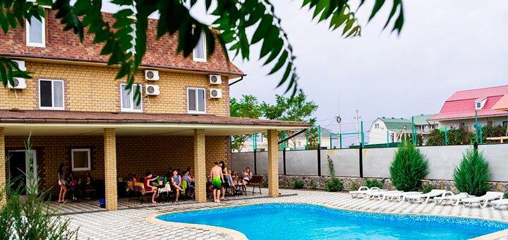 От 5 дней отдыха летом в отеле с бассейном «Пена» в Кирилловке на Азовском море