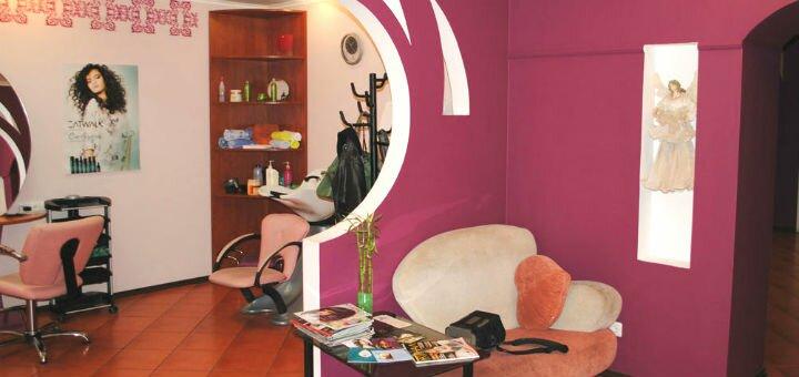 Химическая завивка или биозавивка волос в студии красоты «Elle»