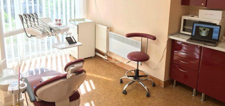 Ультразвуковая чистка и полировка зубов в стоматологии «Stasyuk D.C.Dent»