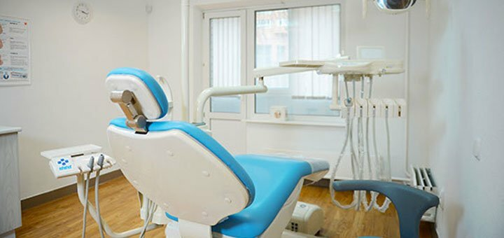 Ультразвуковая чистка зубов, Air-Flow и полировка в клинике «Deutsch Dent»