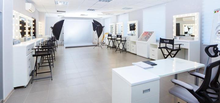 Курс обучения по объёмному наращиванию ресниц «Мегаобъём 5D-12D» от центра «Style Studio KODI»