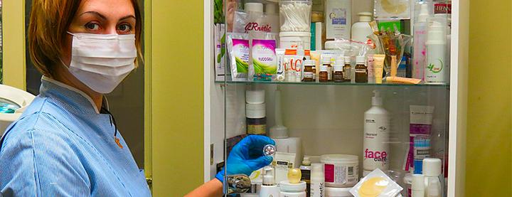 До 10 сеансов инъекционной мезотерапии волосистой части головы в кабинете Виктории Панченко