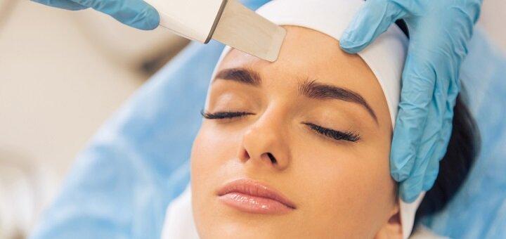 До 3 сеансов ультразвуковой чистки лица с пилингом от салона красоты «MG Clinic»