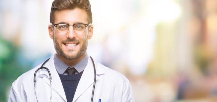 Консультация мануального терапевта и план лечения в центре здоровья и долголетия «ORMED»