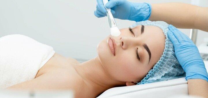 Ультразвуковая чистка лица с пилингом, маской или массажем в студии красоты «Laura Estetic»