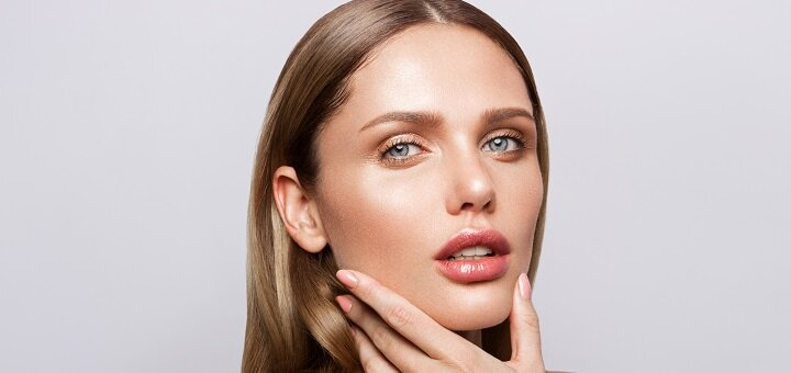 Скидка 66% на увеличение губ или заполнение носогубных складок в салоне «Beauty Hroma Expert»